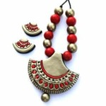 Alluring Half-Moon Terracotta Necklace Set